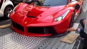 Ook Ferrari eigenaren spelen graag met de blokkendoos
